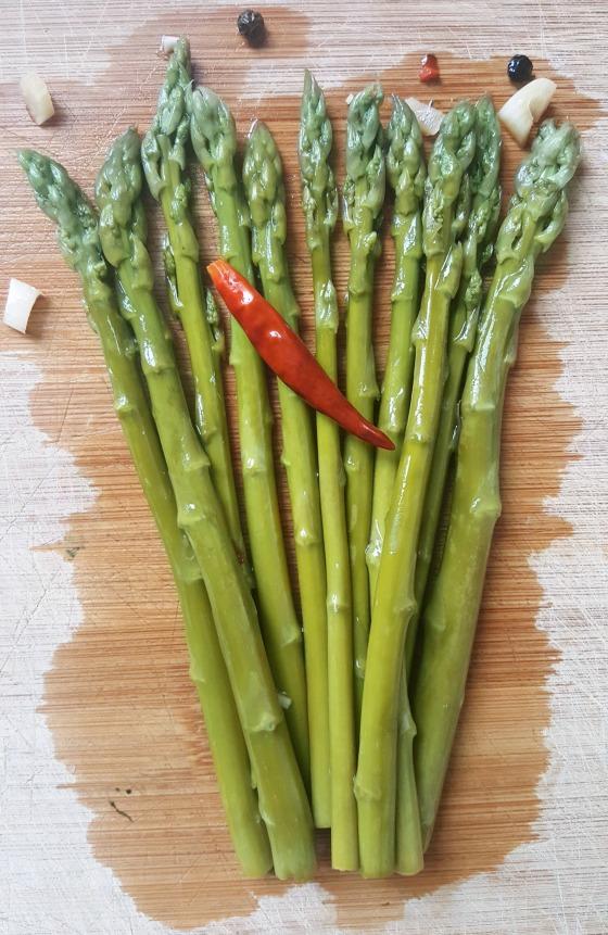 Fermented Asparagus 2